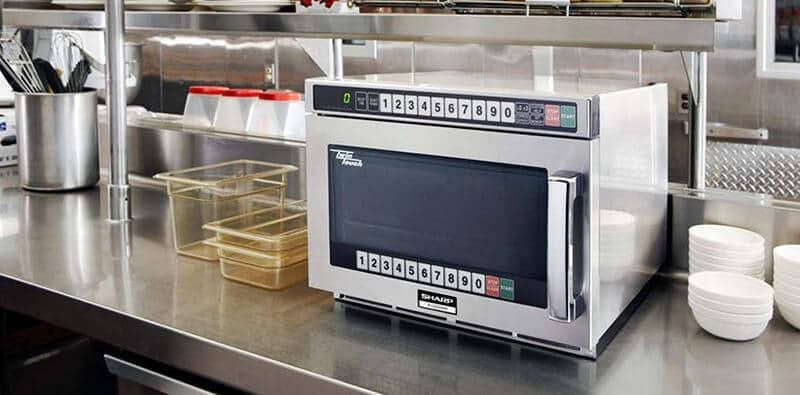 Aspects to Consider While Purchasing a Commercial Microwave Oven