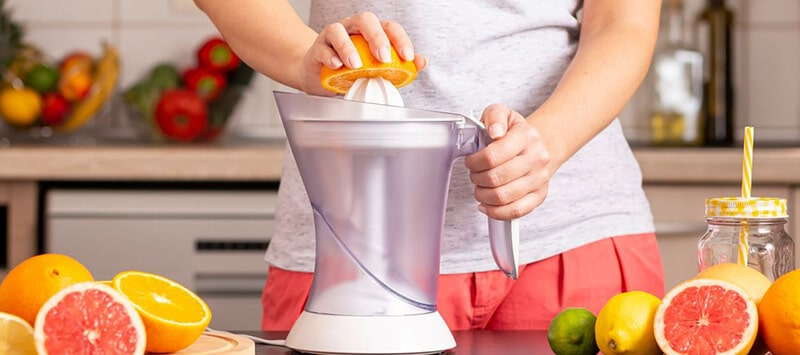 Features To Consider Using Citrus Juicers