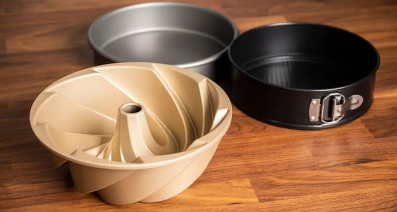 Top Rated 12 Best Cake Pans Brand