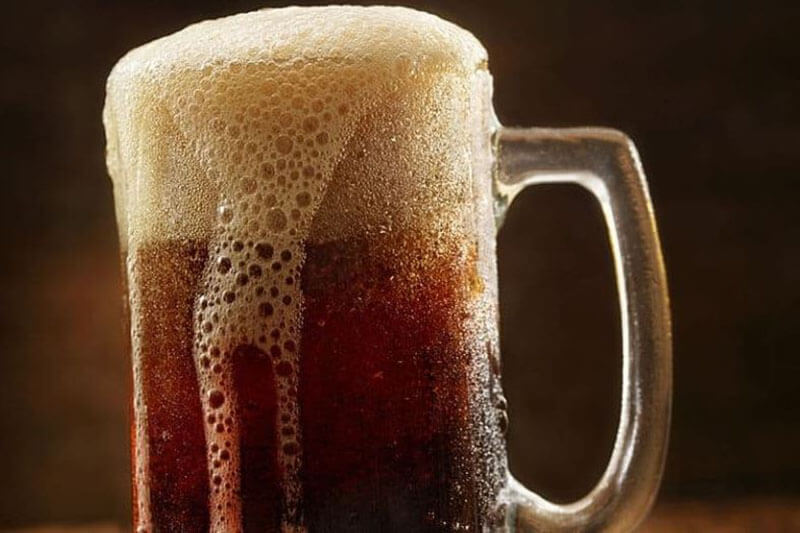 Differences Between Root Beer and Sarsaparilla