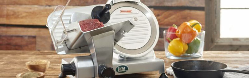 Guide to use a meat slicer