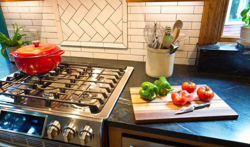 Range vs Cooktop - Which kind is ideal for you