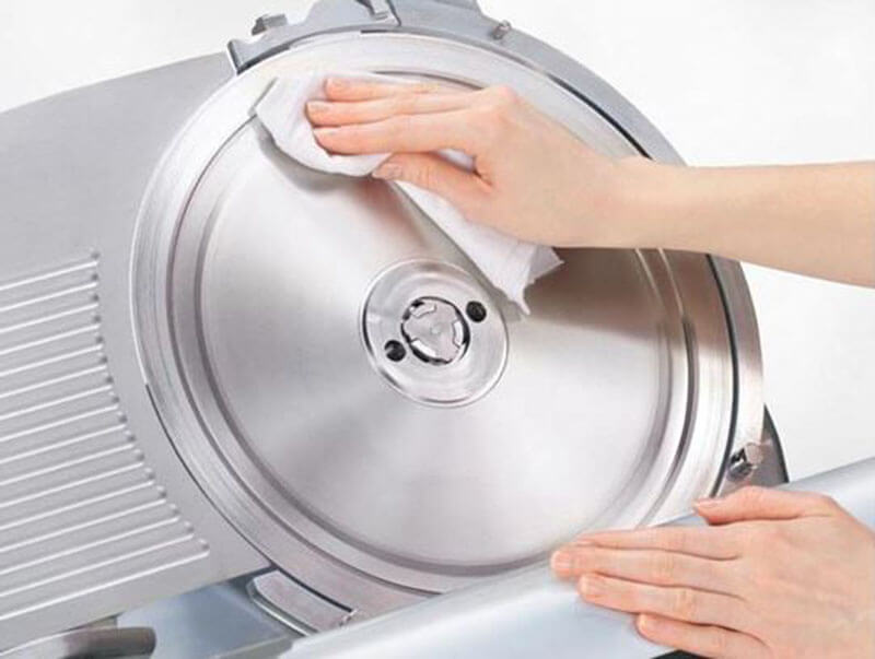 Steps To Clean A Meat Slicer