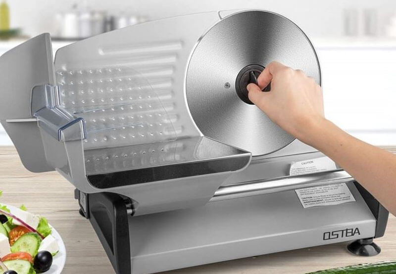 The way to sharpen a meat slicer blade with a Sharpener